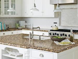 CI-Wilsonart_kitchen-countertop-Florence-Gold_lg